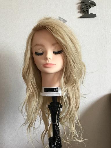 巻き髪カールウェットヘア