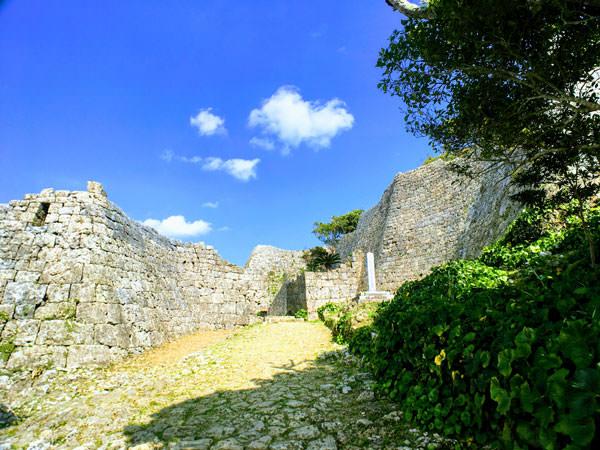 中城城跡(なかぐすくじょうあと)【沖縄・世界遺産】へ女子旅