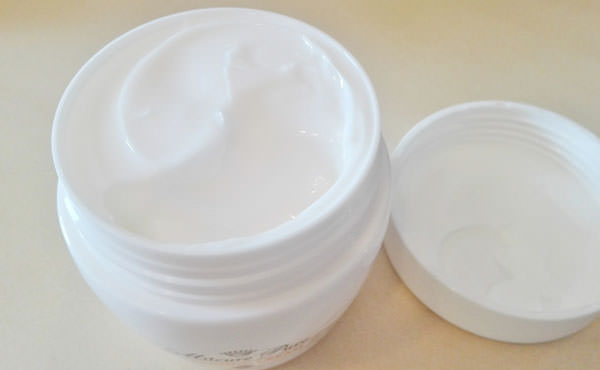 003milcure-cleansing-cream