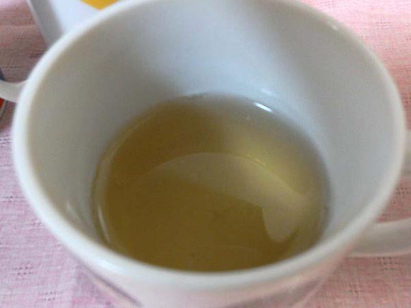 柿の葉茶の味は?【効果・口コミ】実際に飲んで確かめた