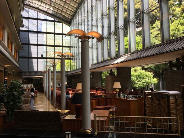 ホテル雅叙園東京 カフェラウンジ「パンドラ」店内の雰囲気