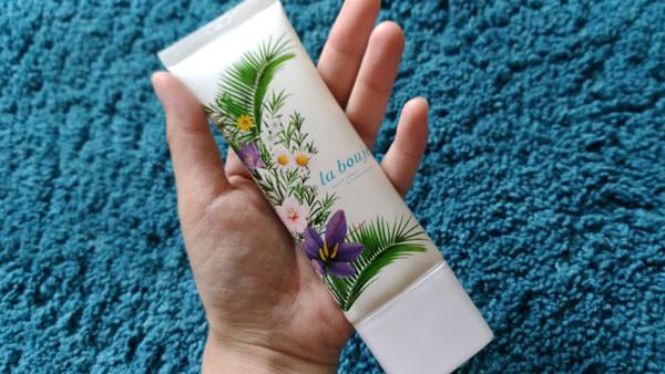 ラヴージュの生石鹸と保湿美容液の基本的な使い方