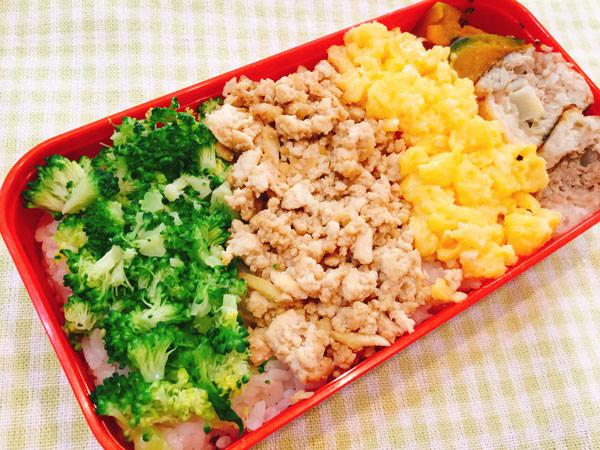 冷凍豆腐を使った三色丼