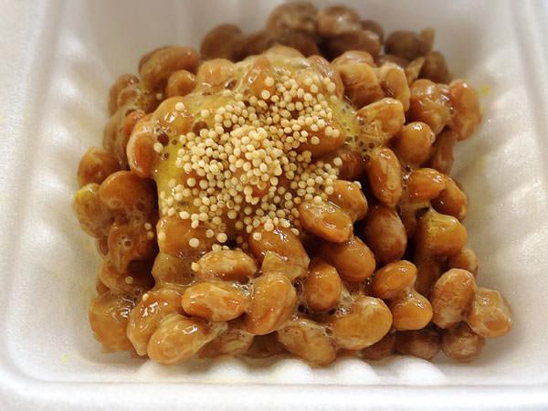 アマランサスを納豆と一緒に食べる