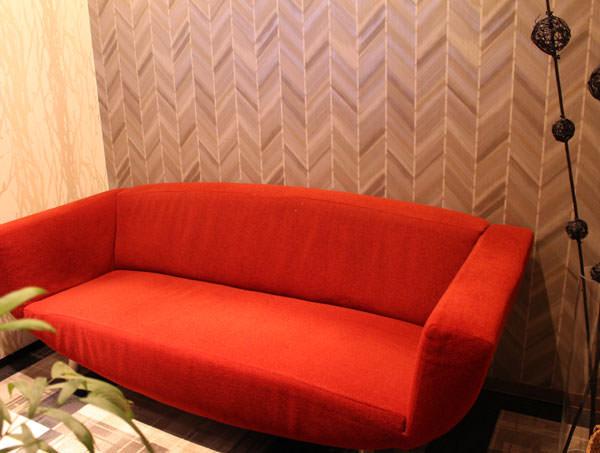 シースリー銀座店の待合室のソファー