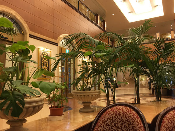 009d1hotel-lobby-lounge