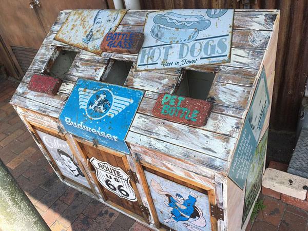 アメリカンビレッジのゴミ箱