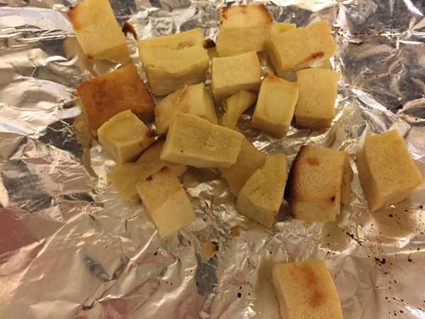 ダイエット料理レシピ4.高野豆腐のクルトン