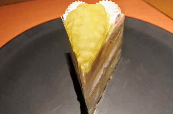 ホテルニューオータニ「SATSUKI」スーパーメロンショートケーキ