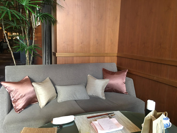 アートラウンジ デュエットのソファ