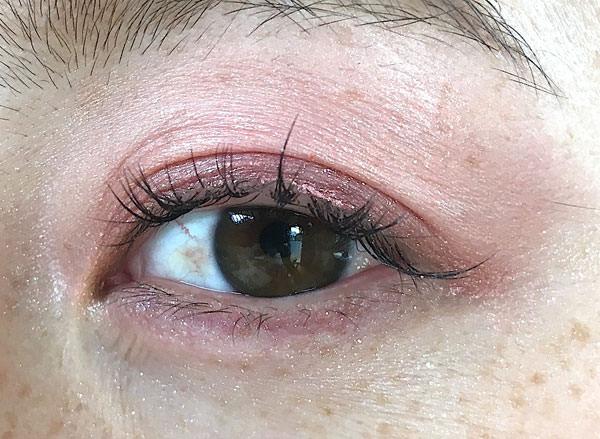 016wink-glow-eyes