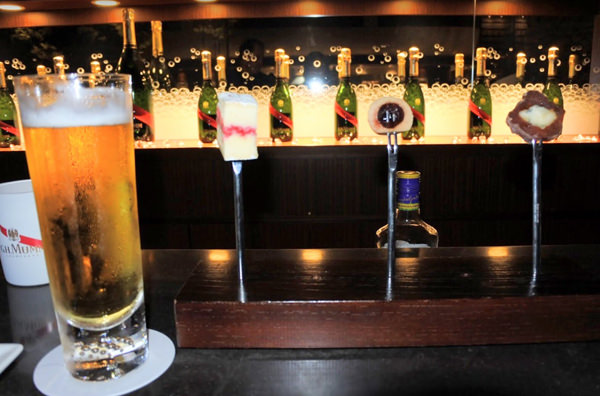018_bubblesbar