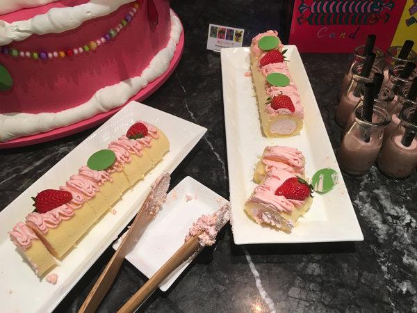 マーブルラウンジ 苺ロールケーキ