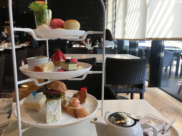 ホテルグレイスリー新宿「カフェテラス ボンジュール」アフタヌーンティーを体験
