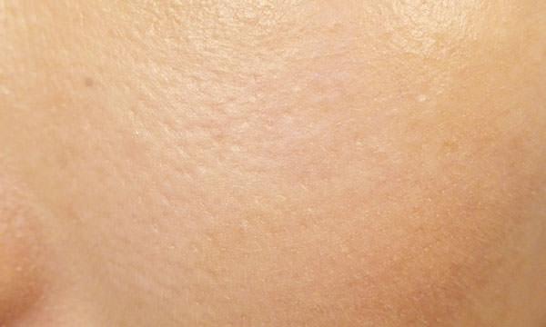 アテニア BBクリーム使用後の肌