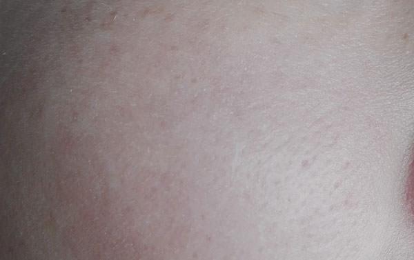 資生堂アネッサ パーフェクトUV アクアブースターを塗った後のお肌