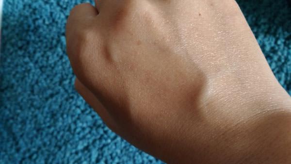 メンソレータム 薬用ハンドベール 美白UV カットクリームの評価