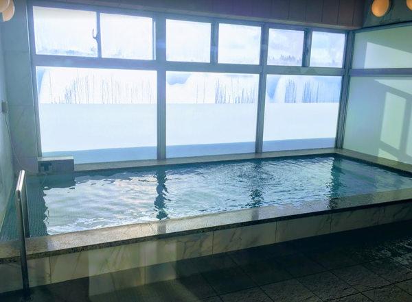 サイプレスリゾート久米島 炭酸泉の大浴場