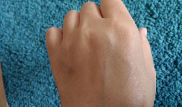 KOSE コエンリッチ 薬用ホワイトニング ハンドクリームの評価