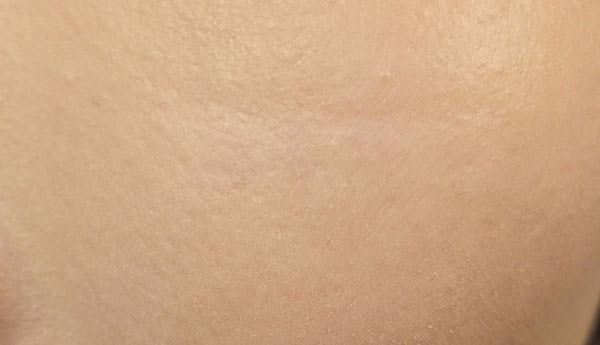 ちふれ「BBクリーム」使用後の肌