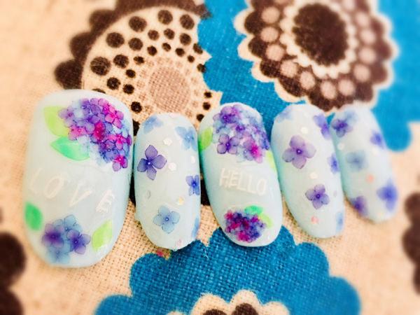 ネイルシールで紫陽花ネイルを作る
