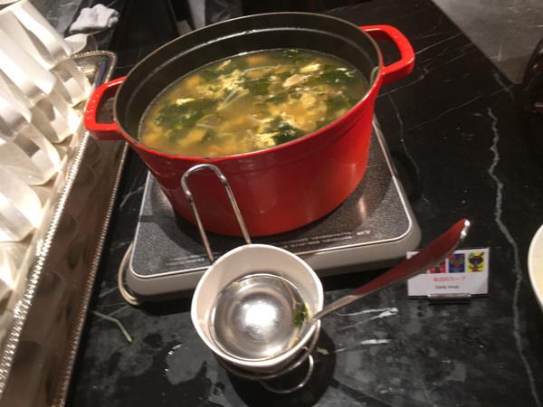 ヒルトン東京マーブルラウンジ 本日のスープ