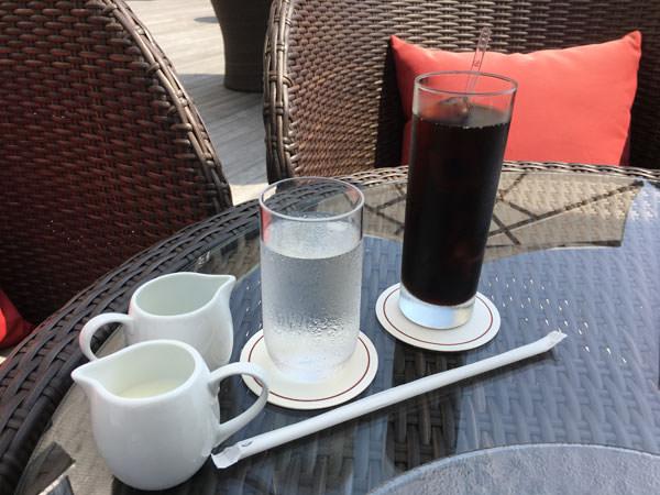 東京プリンスホテル「カフェ&バー タワービューテラス」アイスコーヒー
