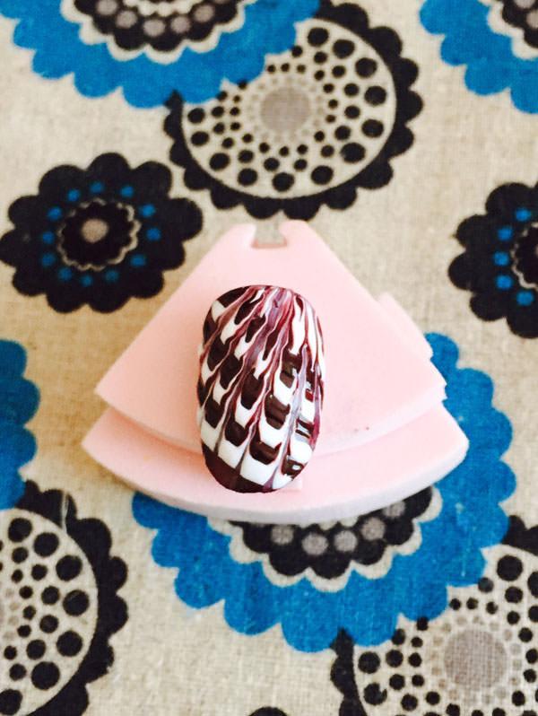 062peacock-nail
