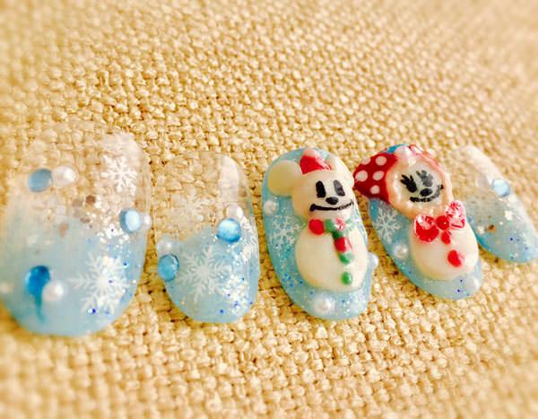 ミッキー&ミニーの雪だるまネイル