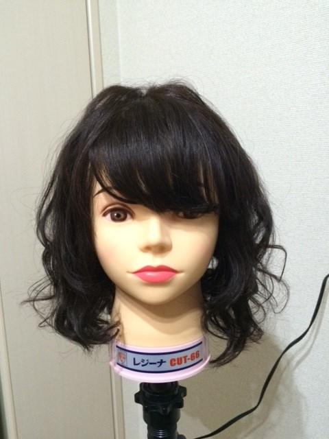 髪の毛が多い「ショート・ミディアム」の方のアイロン巻き