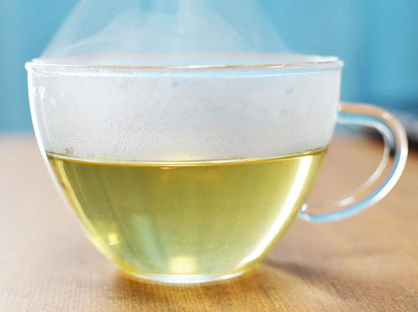 天日干しごぼう茶をやかんで飲んだ時の味