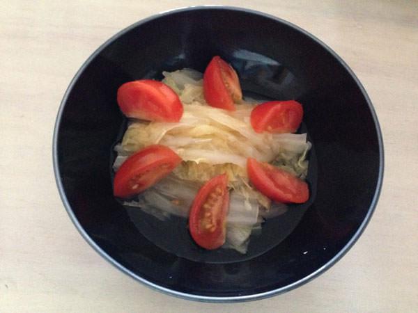 白菜とトマトの簡単サラダ