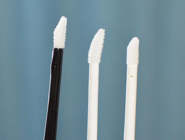 まつ毛美容液のブラシの比較