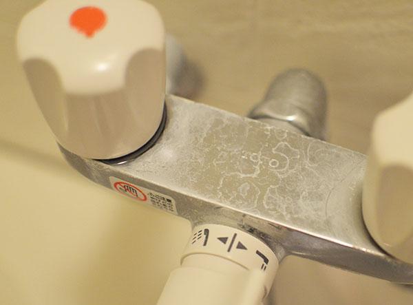 ミョウバン水で水垢掃除