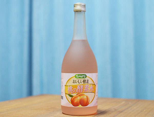 桃の酵素水の瓶