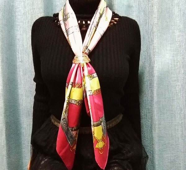 scarf_arest