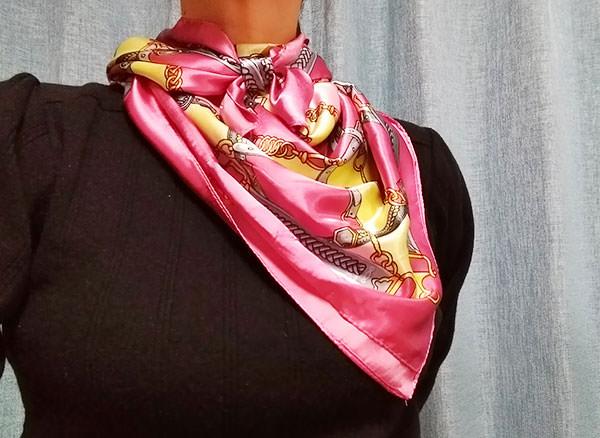 scarf_cowd