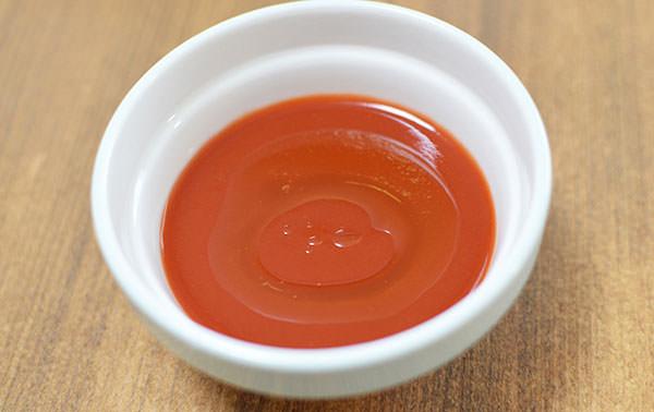 温めたトマトジュース+オリーブオイル