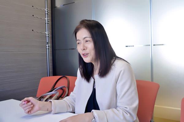 インタビュー中の大竹麻佐子FP